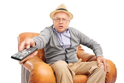 Dálkové ovladače pro seniory, hotely a nemocnice